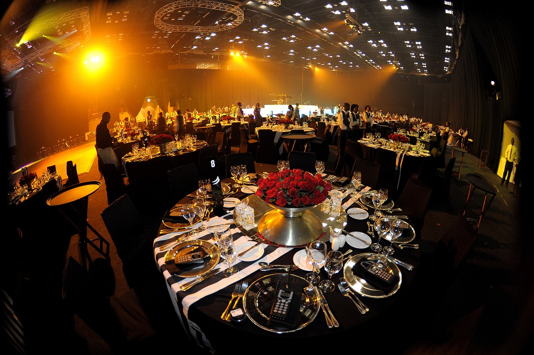 the guide to event decor off the wall events